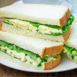 Ensalada de huevo para sándwiches