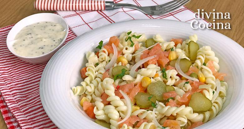 ensalada de pasta con salmon