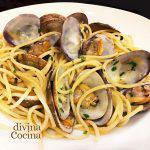 Espaguetis con almejas ('alle vongole')