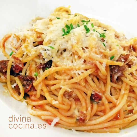 espagueti con tomates secos