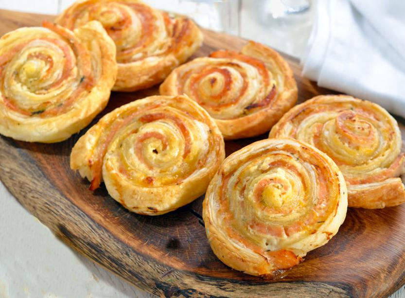 espirales saladas de hojaldre y salmon