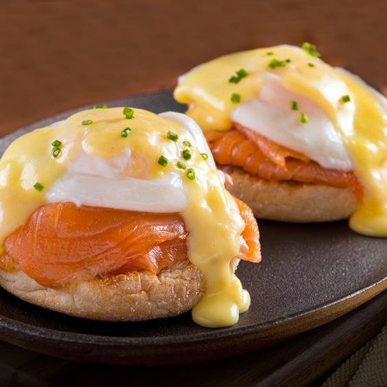 huevos benedictine salmon