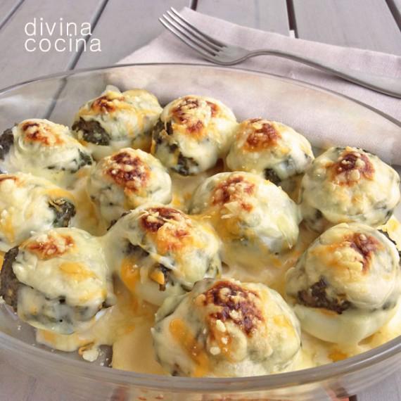 receta de huevos rellenos gratinados divina cocina - Divina Cocina