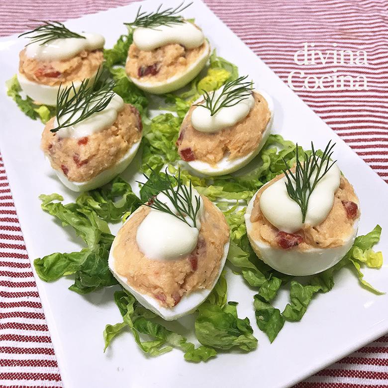 huevos rellenos de salmon fresco