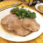 Lomo de cerdo asado al horno en su jugo