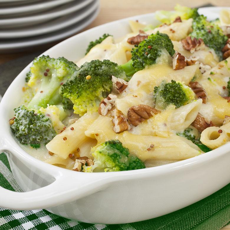 macarones con brocoli y nueces