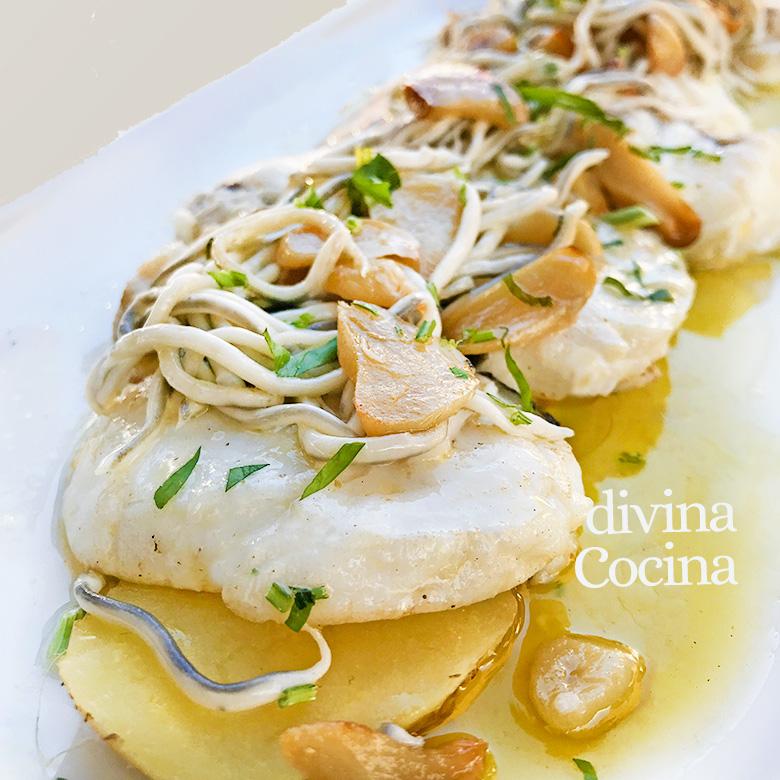 Merluza Con Gulas Al Ajillo Receta De Divina Cocina