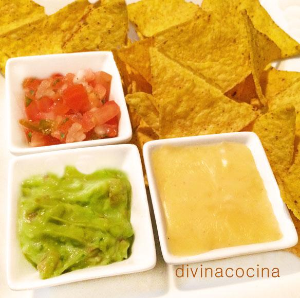 Nachos tres salsas