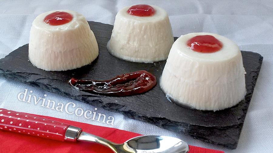panna cotta de yogur rellena de mermelada