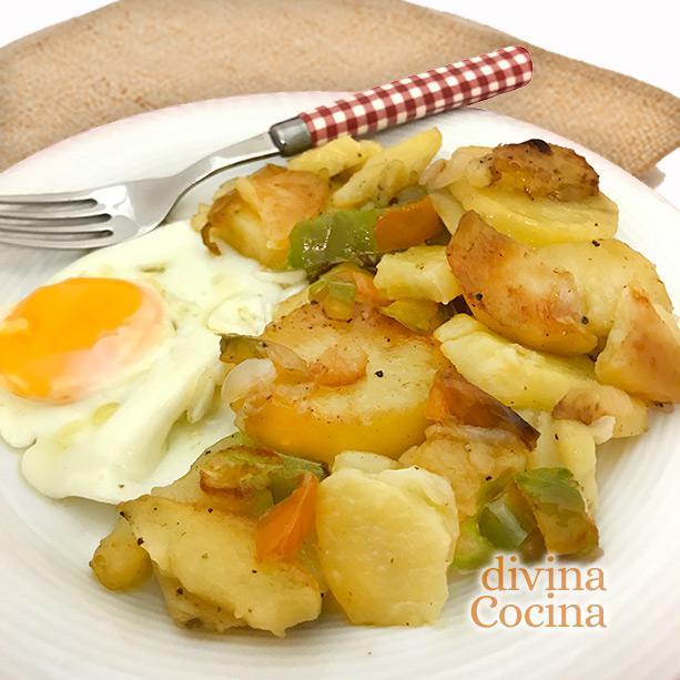 patatas a lo pobre con huevo