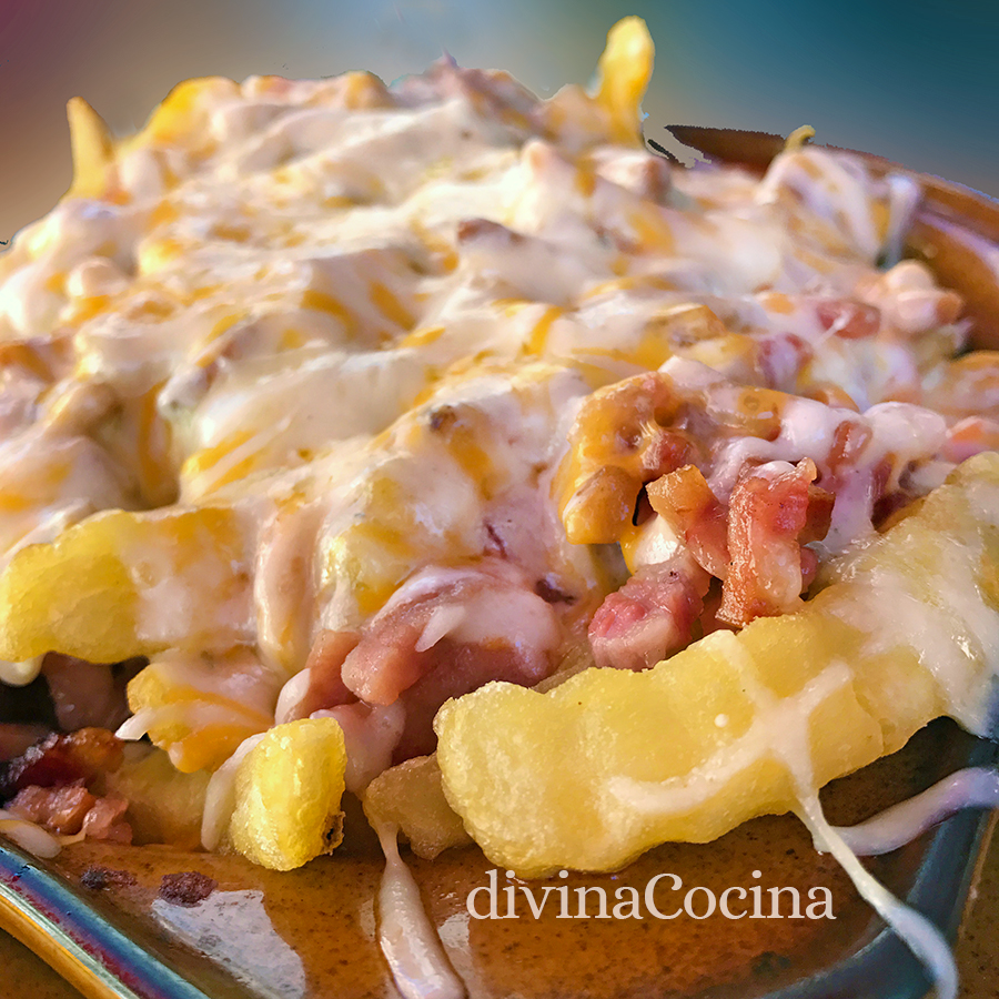 patatas fritas con queso y bacon 2