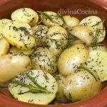 Patatas provenzal con hierbas en microondas