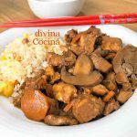 Pollo con soja y champiñones estilo chino