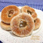Rosquillas de plátano al horno