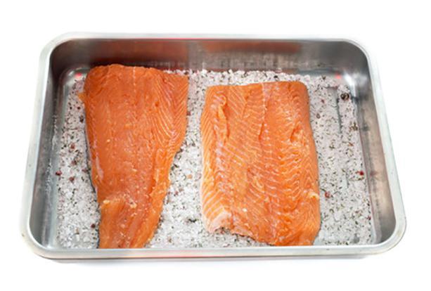 salmon marinado paso 1