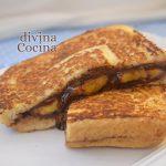 Sándwich caliente de plátano y chocolate