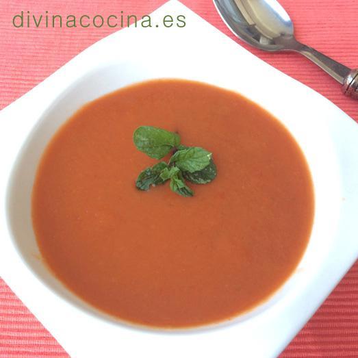 Sopa fría de tomate y menta