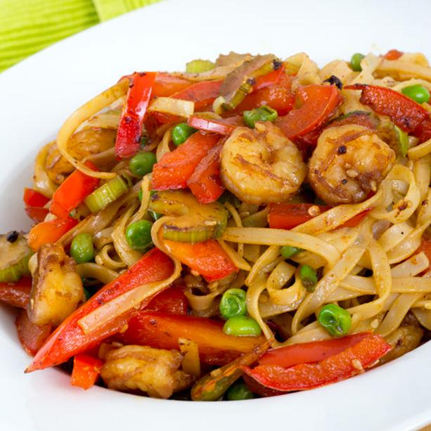 Receta De Tallarines Estilo Thai Con Carne O Gambas Divina Cocina