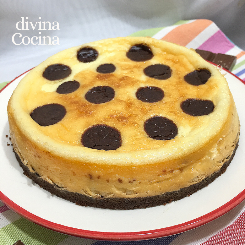 Tarta De Queso Con Lunares De Chocolate Divina Cocina