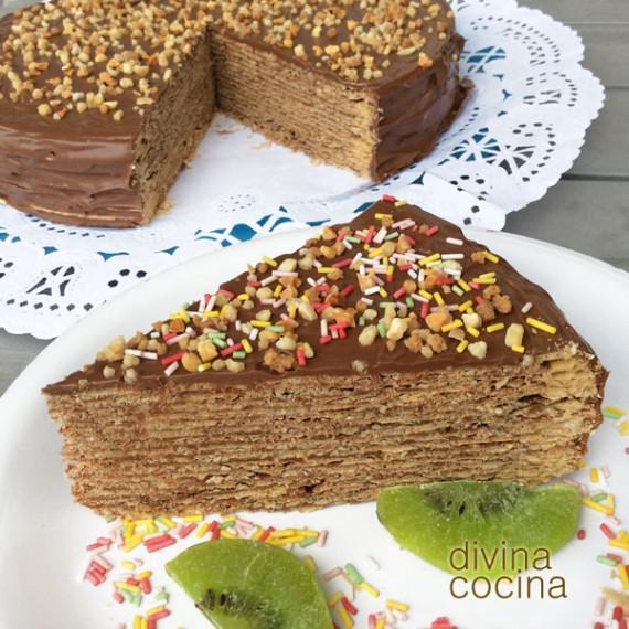 tarta de obleas y chocolate tarta huesitos - Divina Cocina