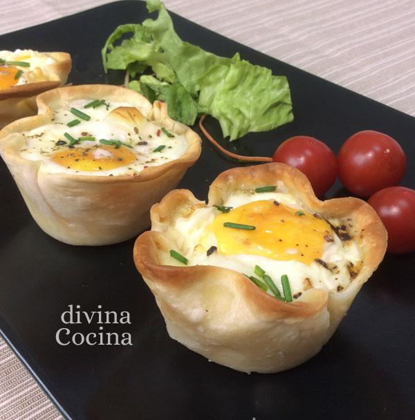 tartaletas de huevo, jamón y queso