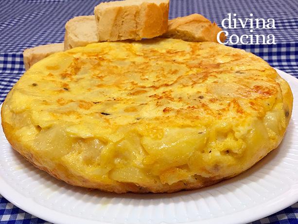 tortilla de patatas jamon y queso 1