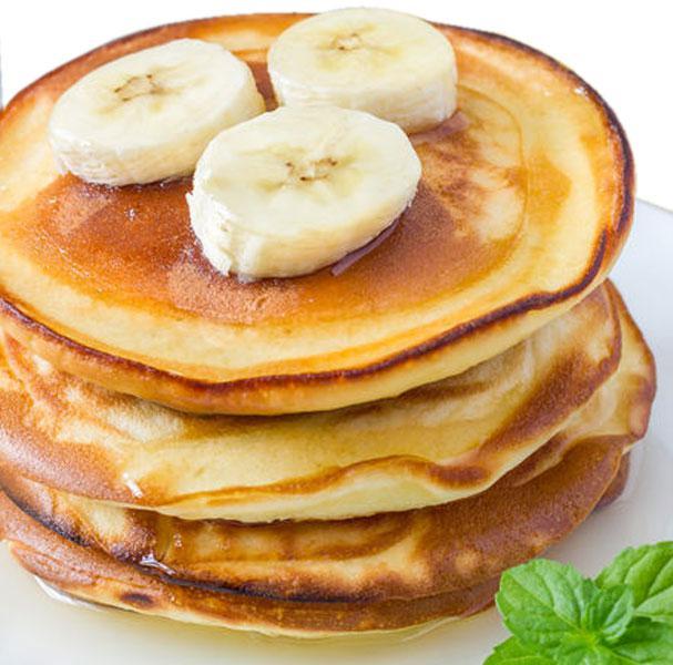 tortitas-de-platano-plato-menta