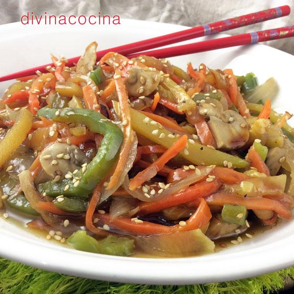 Verduras salteadas al estilo chino